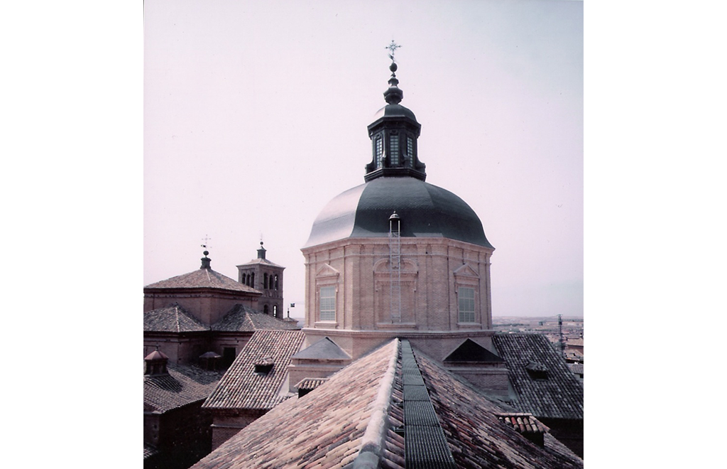 Imagen de restauración de la iglesia San Ildefonso, restauración de la cúpula, linterna, tambor y cubiertas por Sustratal